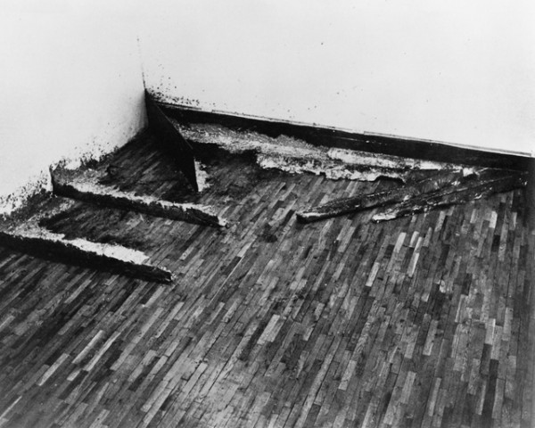 "Richard Serra, ""Splash Piece: Casting,"" Jasper John's Studio, New York, 1969/70, installation view"