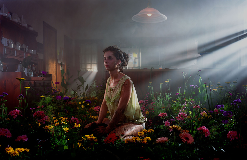 Gregory Crewdson - Beneath the Roses (2)